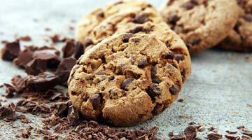 Cookies au chocolat et noisettes maison