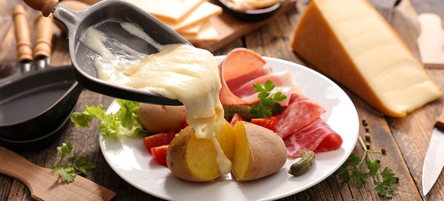 Raclette : fromages et charcuteries