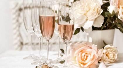 champagne grandes maisons et petits producteurs de champagne. Black Bedroom Furniture Sets. Home Design Ideas