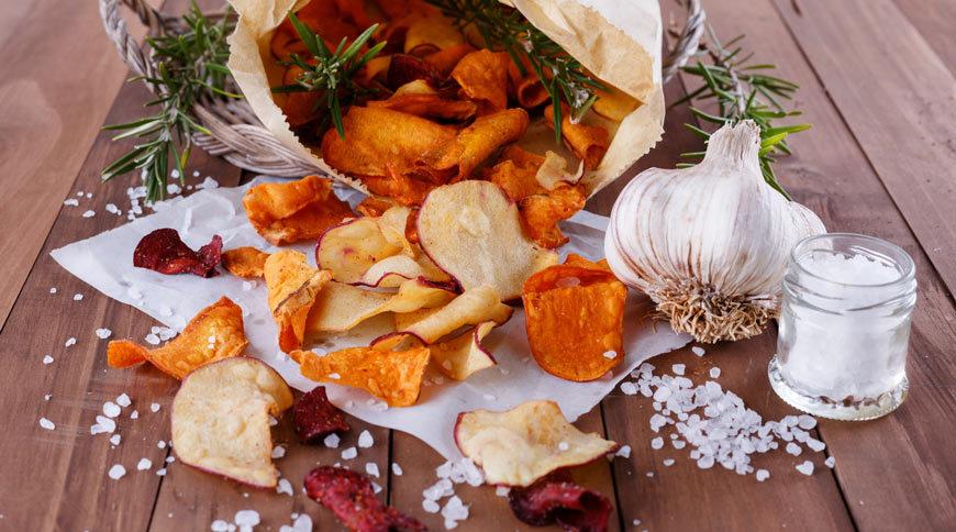 Chips maison au four : comment les faire et les réussir